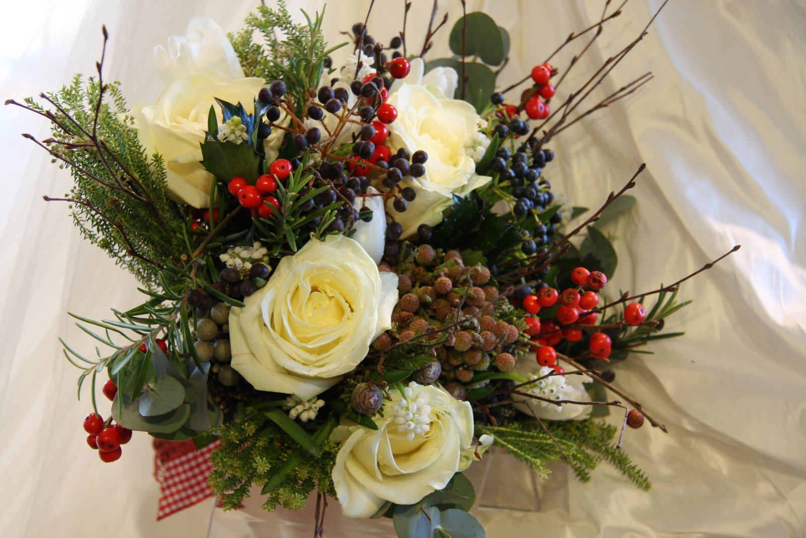 Jpg 1 600 067 Pixels Wedding Table Flowers Pinterest Christmas Bouquets And Ideas