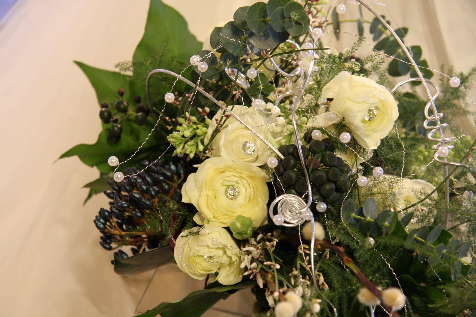 the flower magician winter wonderland wedding bouquet. Black Bedroom Furniture Sets. Home Design Ideas