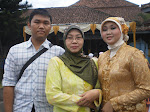 with my mom n my sister