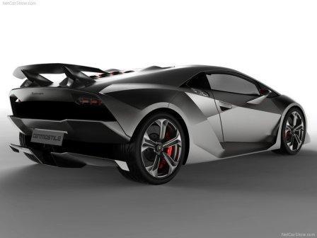 LAMBORGHINI SESTO ELEMENTO. With its amazing output of 570 hp,