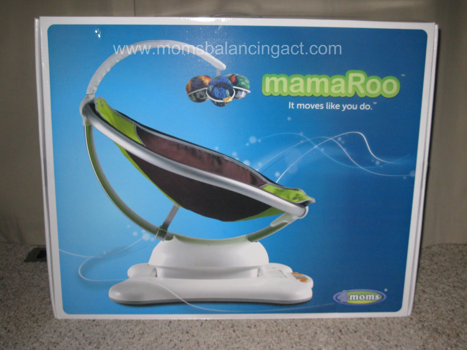 4moms: mamaRoo ~ It Moves Like You Do! Review & Giveaway