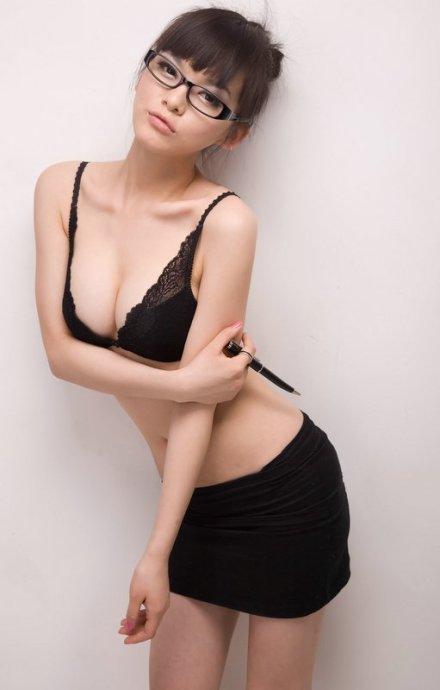 Royi Wang Hot Pics