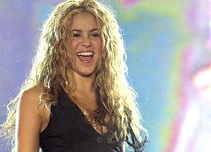 Foto: Shakira bei Rock in Rio (2008) von Andres.Arranz (Creative Commons Lizenz 2.5)