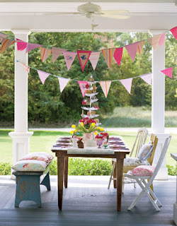 pink flags de 62580118 the spring y, the pretty, and the shabby