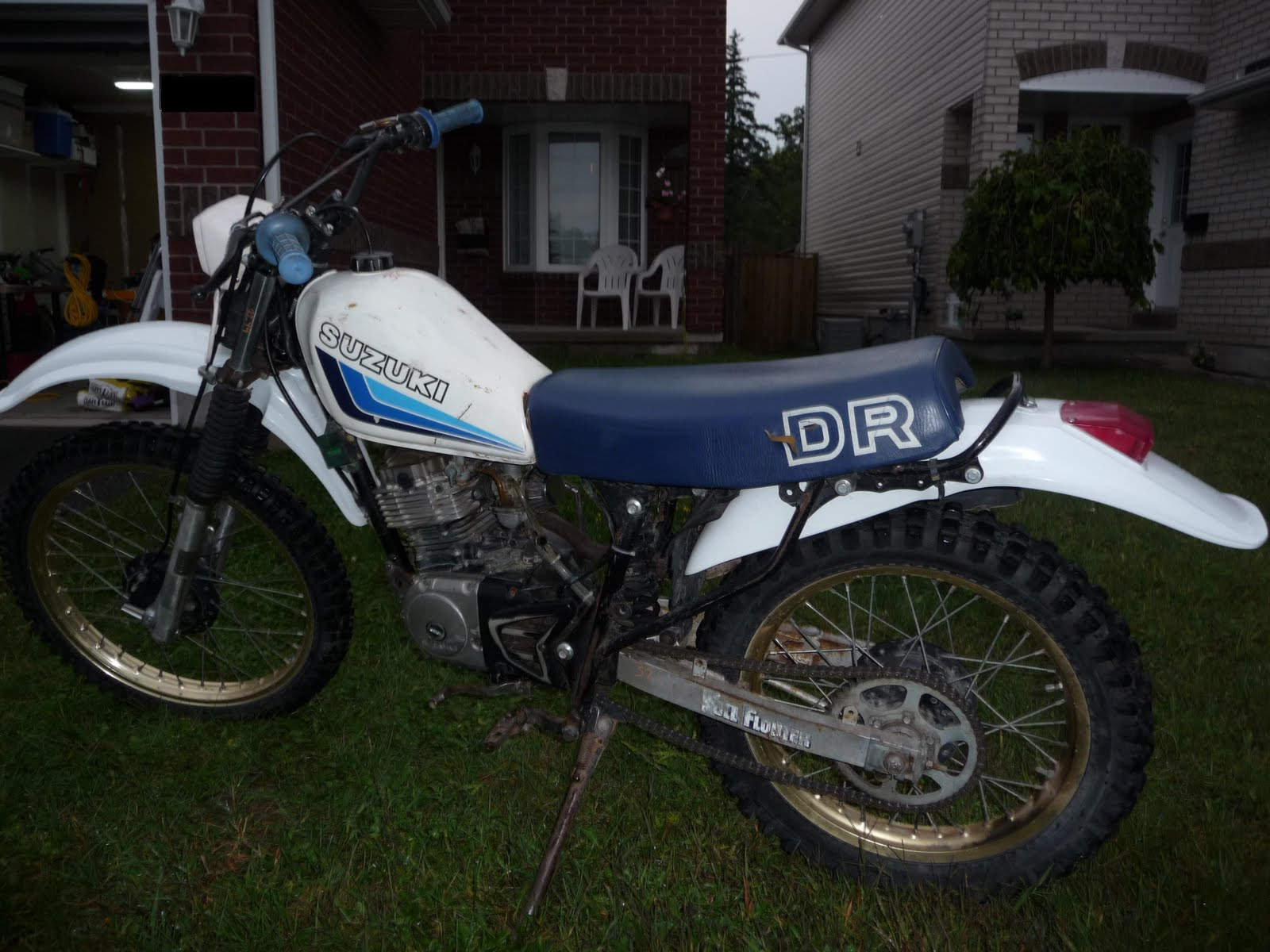 Bringing An Old Dirt Bike Back From The Past