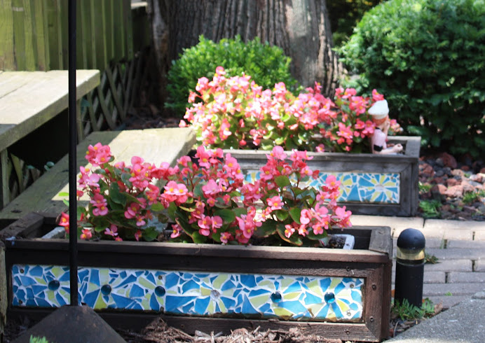 Cracked Tile Planter Boxes For The Back Garden