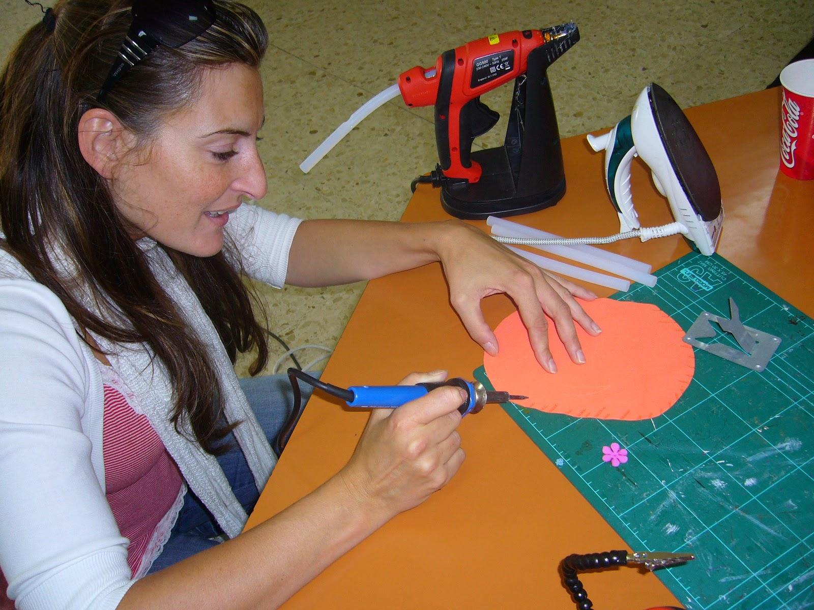 http://1.bp.blogspot.com/_UwtWR98eE-g/TKhWzqhz8-I/AAAAAAAAA90/m5REABnwo-w/s1600/curso+Trabada-Lugo+001.JPG