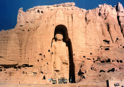 use of oil painting at bamyan in afghanistan predating