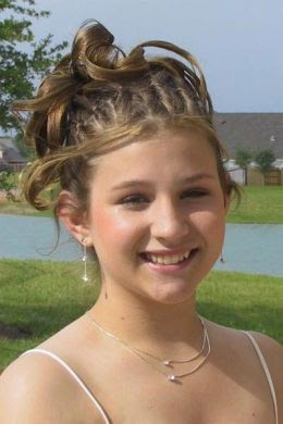 half up half down prom hairstyles 2009  prom hairstyles 2009