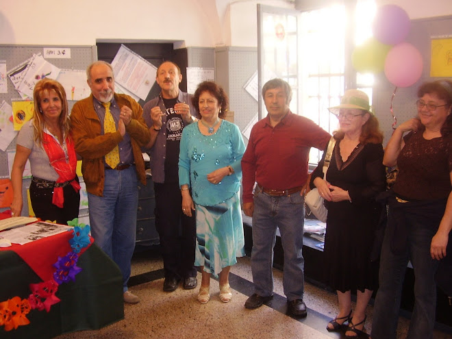 Il Premio di Poesia a Sanremo con i Presidente, i Poeti insieme al Presidente del C.C. Rag. MARRA