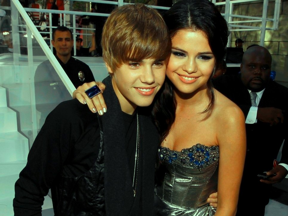 Are justin and selena still dating today