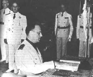 El nuevo gobierno (1939) Fraga_franco