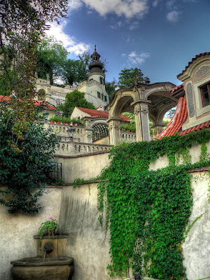 Poza terasare cu gradina faimoasa in Europa