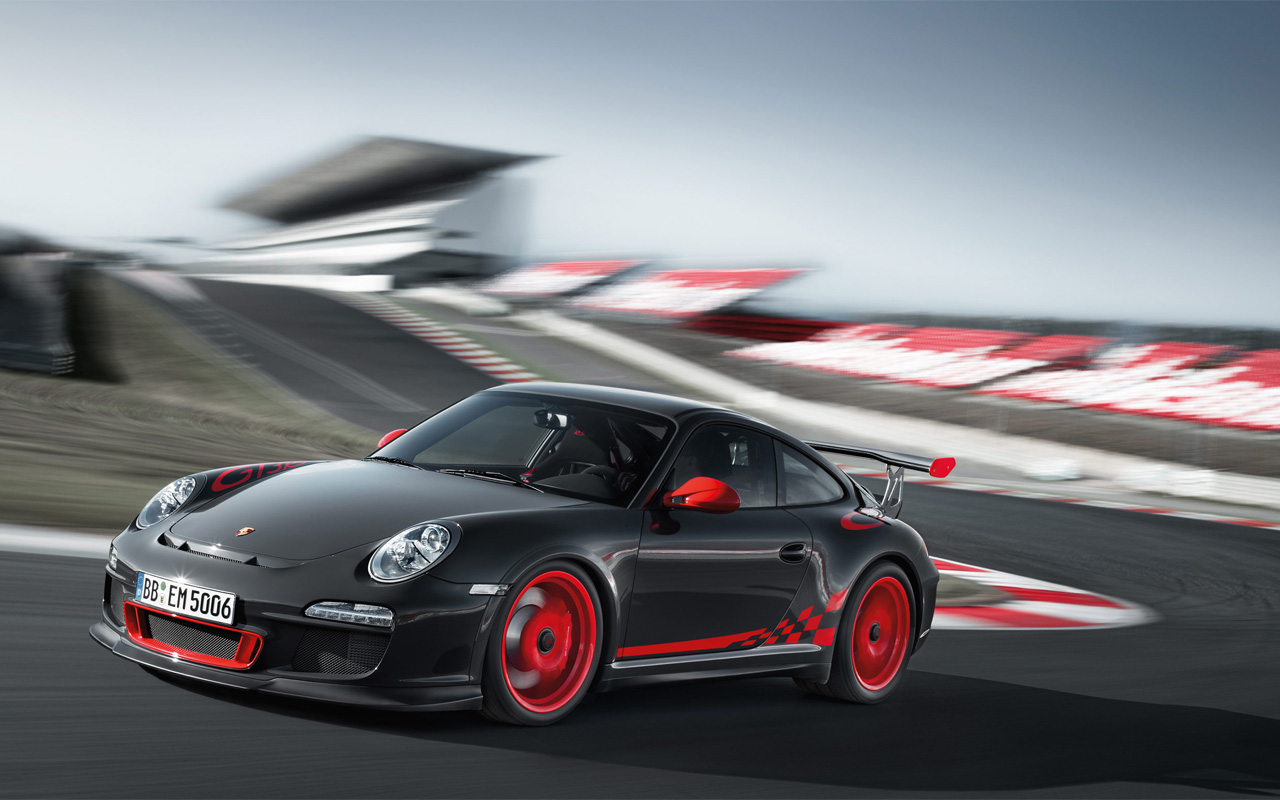 911-gt3-rs-on-track.jpg