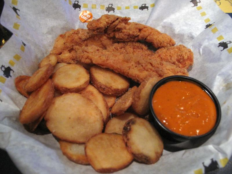 King Of The Wing: Buffalo Wild Wings: Blazinu0026#39;, Curry, And More ...