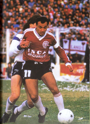 Gilmar Villagrán conduce con su elegancia habitual.