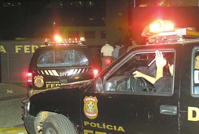 http://1.bp.blogspot.com/_V60HBojz4UY/SRSy9tPY7_I/AAAAAAAAFMY/RO8DD0hOBso/s400/policia%2520federal%25201_18158.jpg