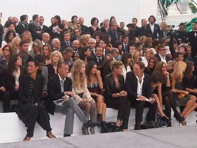 http://1.bp.blogspot.com/_V6Nqt3XAMVw/TKCpF1DPgII/AAAAAAAABr8/JJr70FEsQ3Q/s1600/Taylor+Swift+photoshoot+Italia+011.jpg
