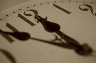 Mana yang Anda lakukan, Menginvestasikan Atau Membuang Waktu?