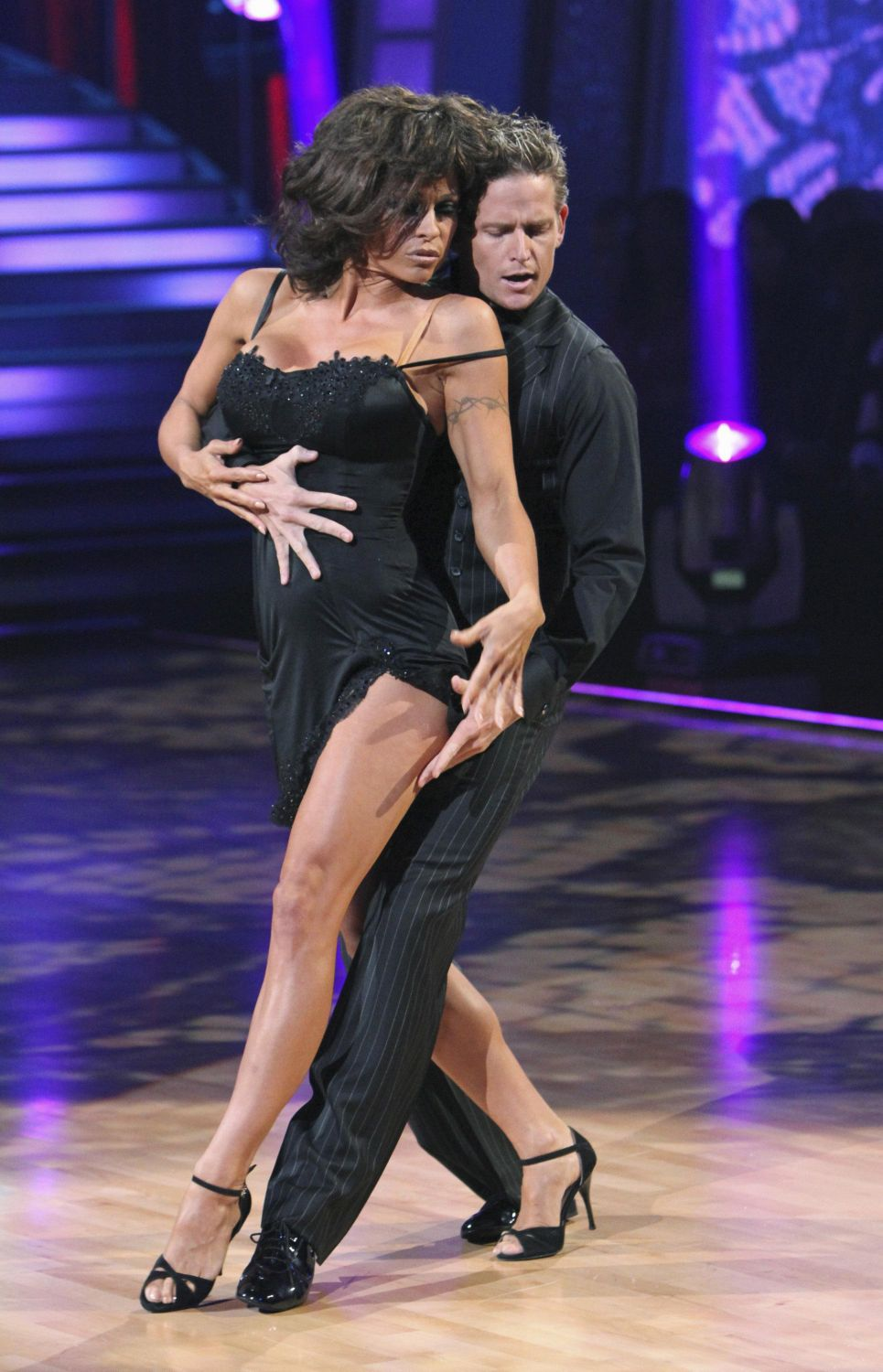 pamela anderson dancing with the stars - photo #6