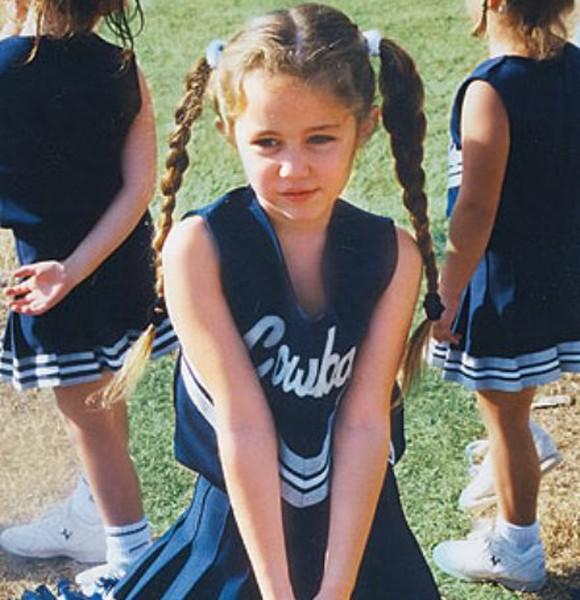 cute cheerleaders forgetting their bloomers