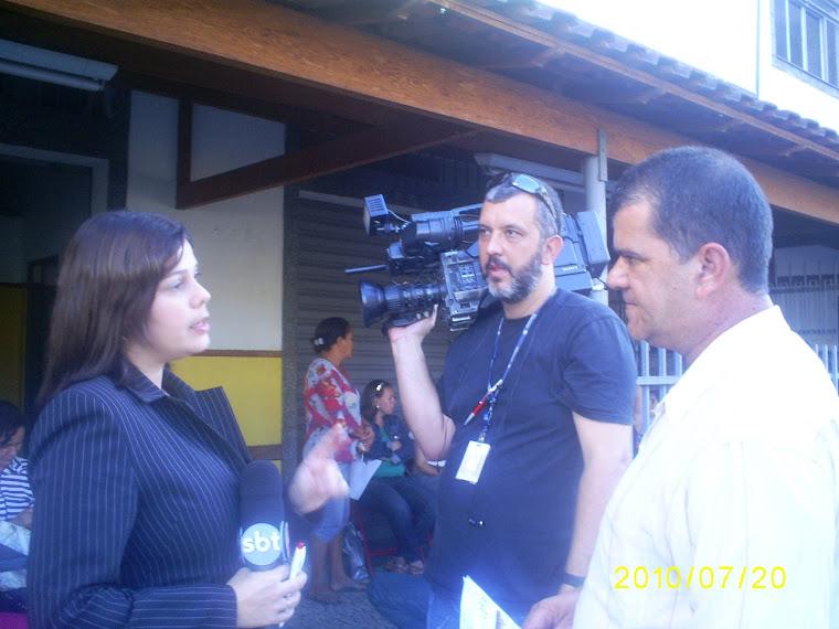 DIRETOR PRESIDENTE- E OS REPORTERES DA TV ALTEROZA