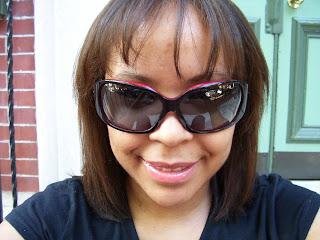 daneen+in+oakley+sunglasses+003 It's Always Sunny In Philadelphia