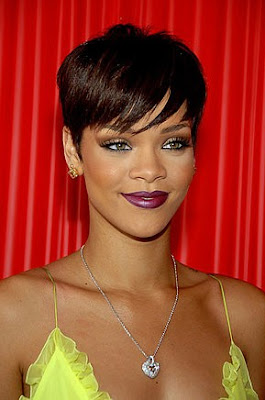 Rihanna+BET Rihanna at BET Awards: Yellow Fever!