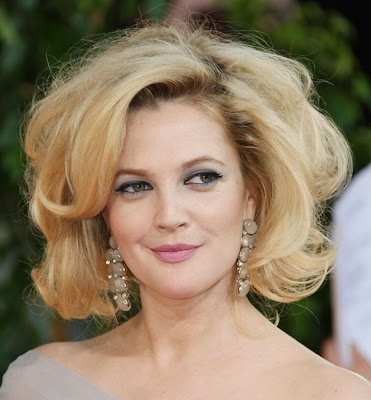 drew+barrymore+golden+globes+hair Drew Barrymore Riding The Teased Hair Train Til The Wheels Fall Off