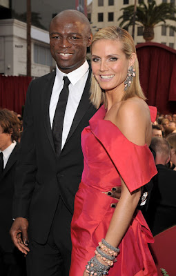 seal+black+manicure+oscars+2009 Seal Wore Black Nail Polish to the 2009 Oscars!