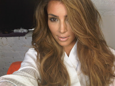 new hair color via Twitter. Though Kim referred to her new