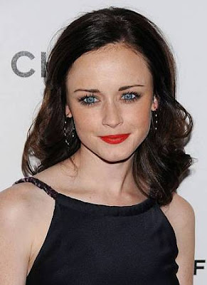 alexis+bledel Copy Alexis Bledels Bold Lip Look
