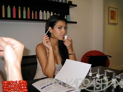 kim kardashian perfume+2 Kim Kardashian Talks To WWD About Her New Perfume