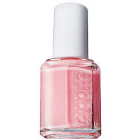 essie+mademoiselle Beauty Bloggerati Spotlight: Best Light and Dark Nail Polishes