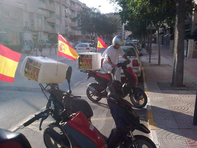 Motos de Pizzeria Voy Volando Lorca en el Mundial de Sudafrica