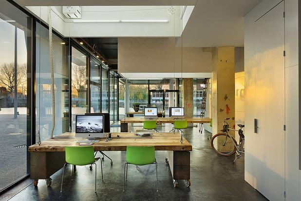 office interior design heldergroen haarlem the netherlands designed by zecc architecten