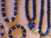 Smykker i bæredygtigt design.
