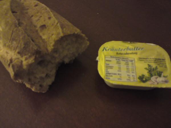 REZEPT: glutenfreies Knoblauchbrot- und baguette