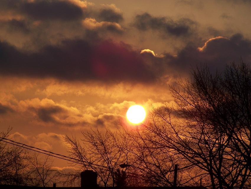 [sun2.JPG]