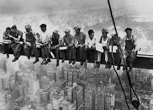 Almuerzo en el rascacielos