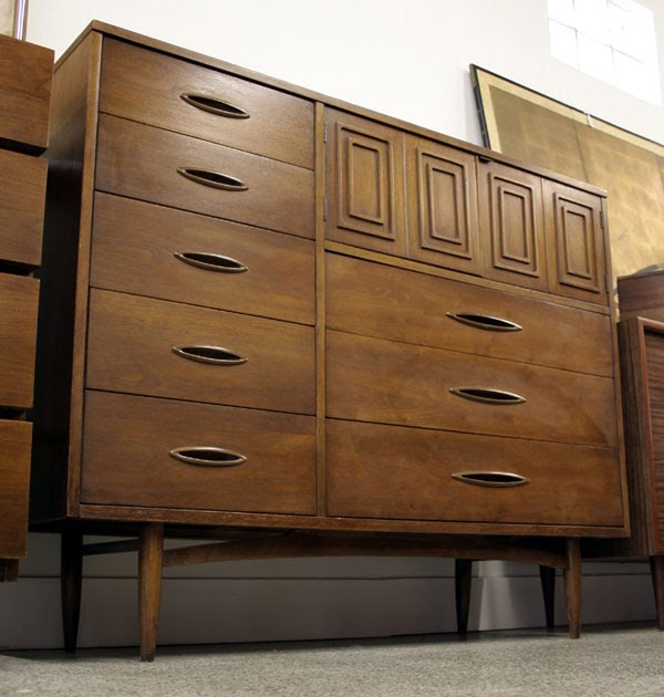 Mad For Mid Century Broyhill Sculptra Magna Dresser