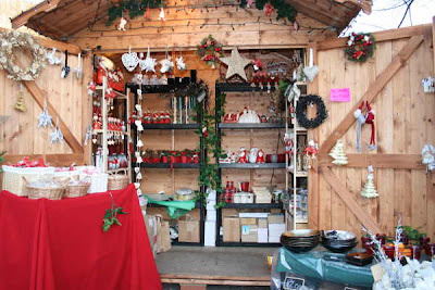stall selling Christmas decorations