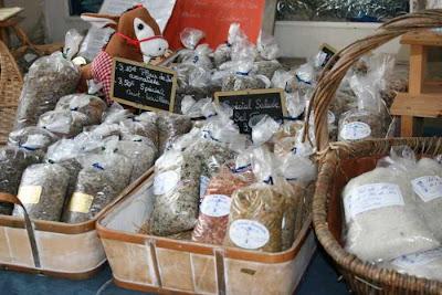 packets of salt from the Ile de Ré