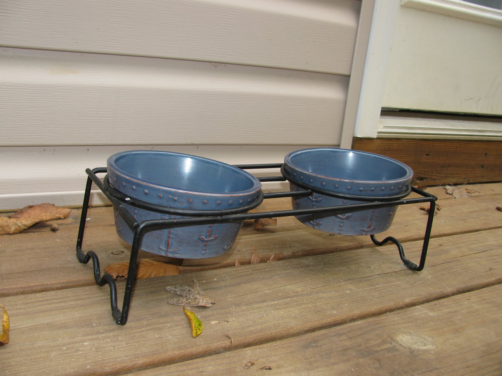 Elevated Dog Bowl Food Storage