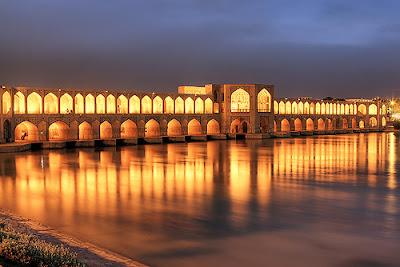 khaju-bridge-reflections