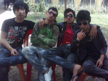 EMOCI Band