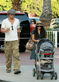 Lisa Bonet and her family...