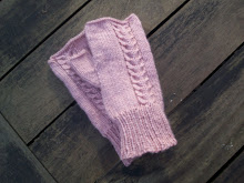 Free Pattern- Jessie's Fingerless Gloves