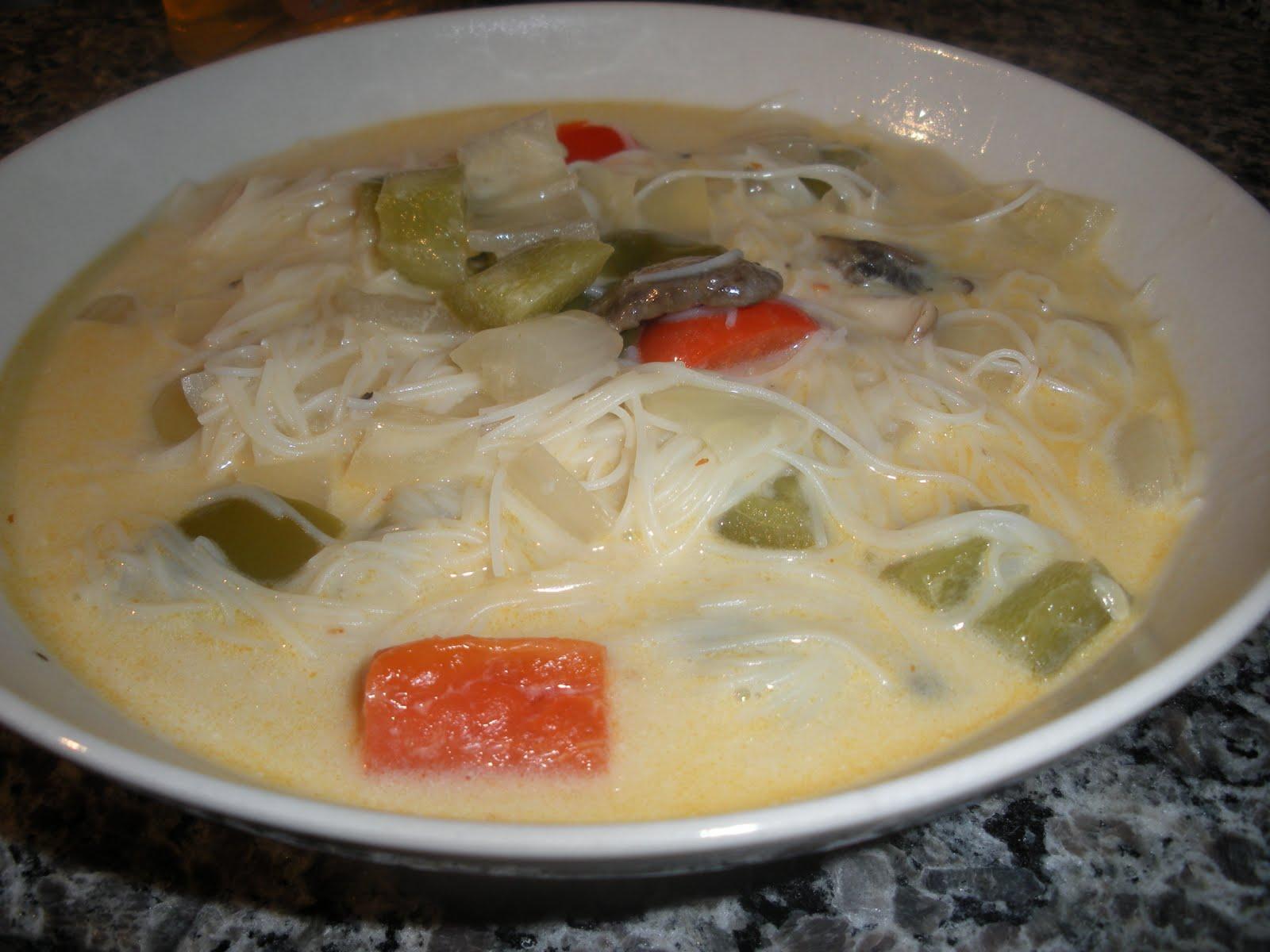 The calorie conscious gourmet slow cooker thai noodle soup for 10 calorie soup gourmet cuisine