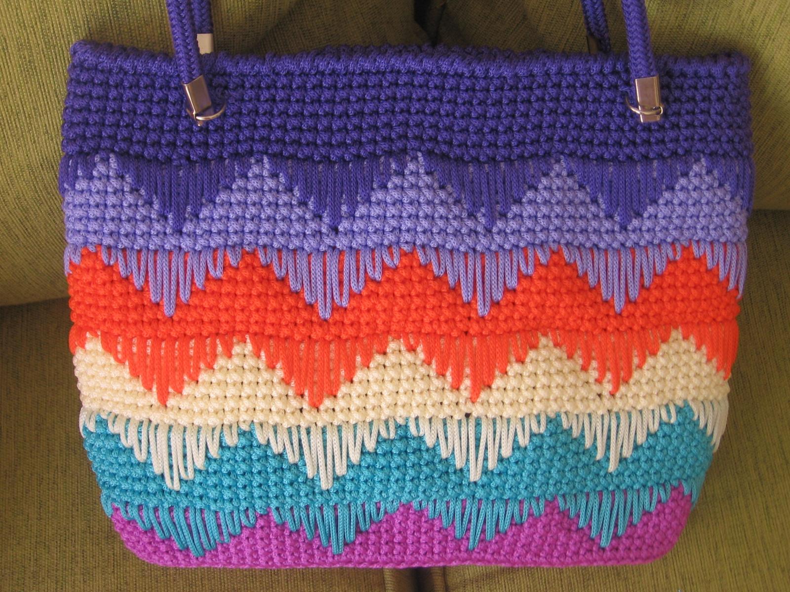 Taller de crochet claudia solari bolso playa a rayas zig - Como hacer bolsos tejidos ...
